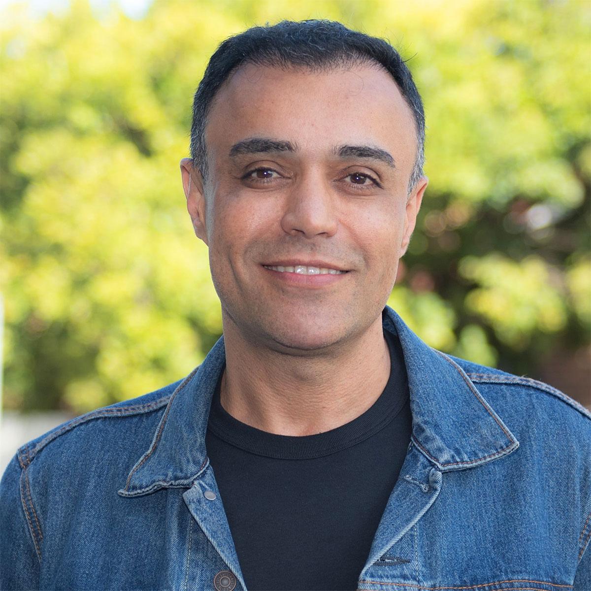Shahram-Sadeghi-Elinay-Cosmetic-Surgery